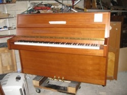 piano hansen merisier
