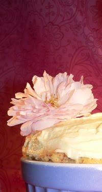 Muffins mit Rosenpuddingfülle