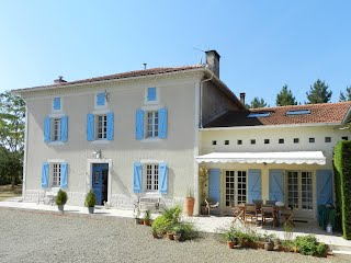 Maison Pyron family-friendly gite with pool france
