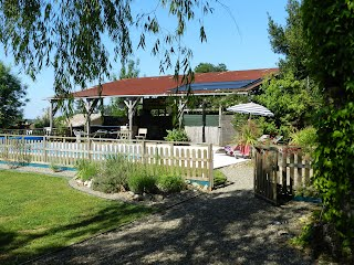 French house with heated pool to rent