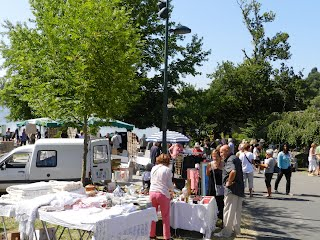 French brocantes and antiques
