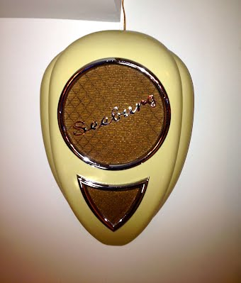 Jukebox Speakers - Mantiques from Romeo