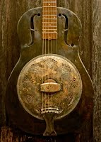 https://sites.google.com/site/mccormackgraeme/antiquatedstrings/parlour-guitar