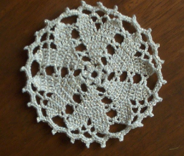 CROCHET HEART DOILY PATTERNS Patterns