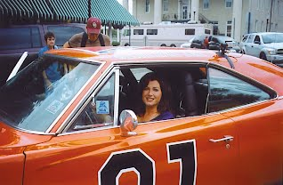 Photo of Amy Grant - car