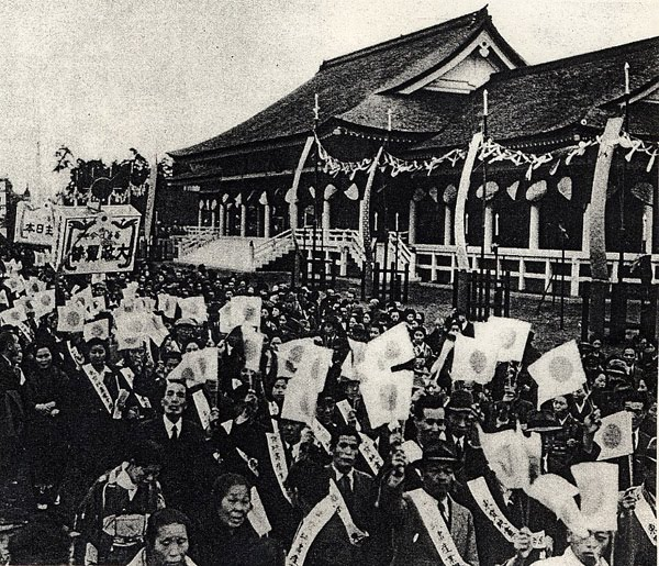 """parade%20after%20fall%20Nanking  - Is Japan ready to """"come back"""" to wars as Abe claims? Have we even settled our last aggression 70 years ago?"""