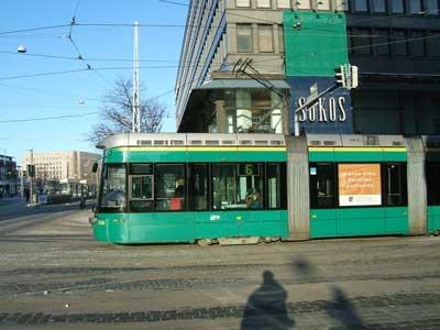 Helsinki low-floor tram/ by lhoon