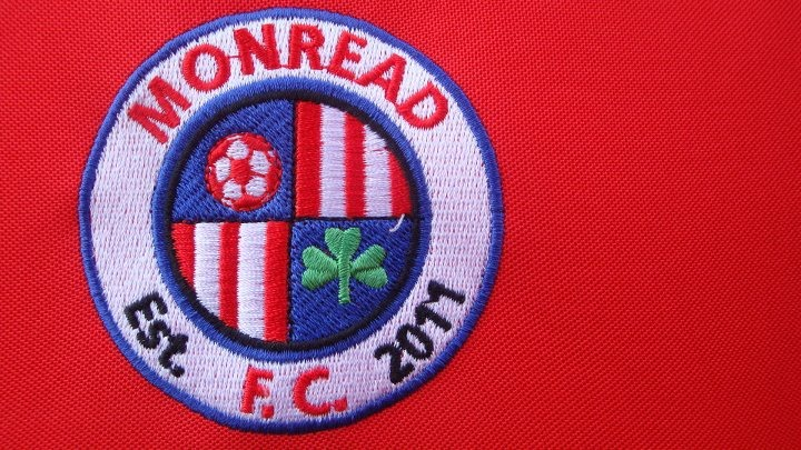 Monread FC Crest