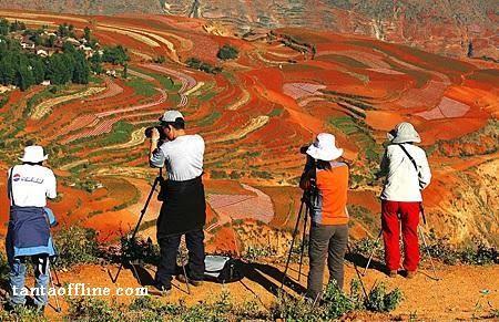 الارض الحمراء بالصين