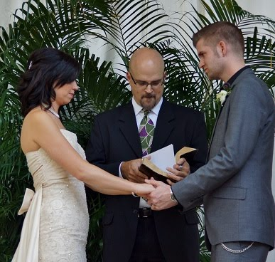 wedding pictures in great priced wedding packages