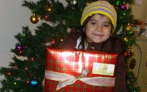 Lali and her Christmas Gift