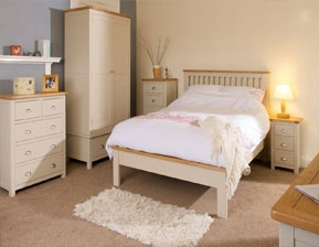 Perfect This Bedroom collection offers a modern contemporary design that includes Oak tops and dovetail drawers finished in a stone gray Cream or White paint