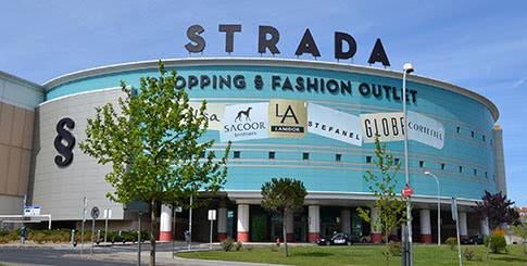 strada odivelas outlet outletlisboa. Black Bedroom Furniture Sets. Home Design Ideas