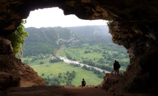 Northern Karst Belt from Cueva Ventana, Arecibo, P. Rico (Picture by P. A. Llerandi-Román)
