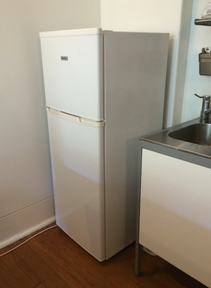 Good HISENSE Litre Refrigerator with Freezer