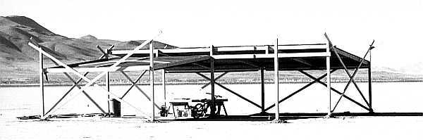 L-shaped shade structure