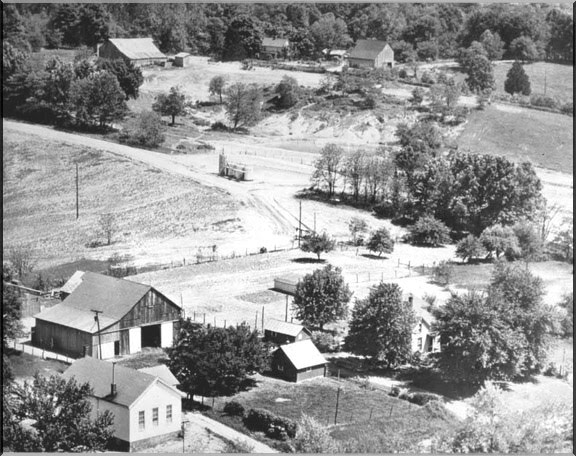 Powell Farm aerial view 1952