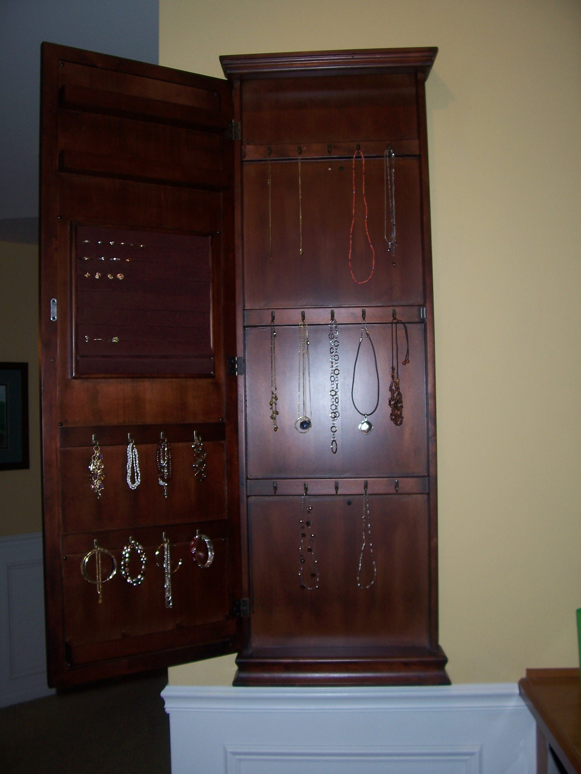 hutch jewelry website masterbedroom prazenjc2 2136
