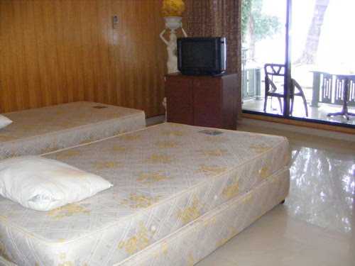 cottage Putri Island Resort twin bed