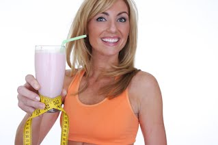 POWERFUL PROTEIN Supplement form shake