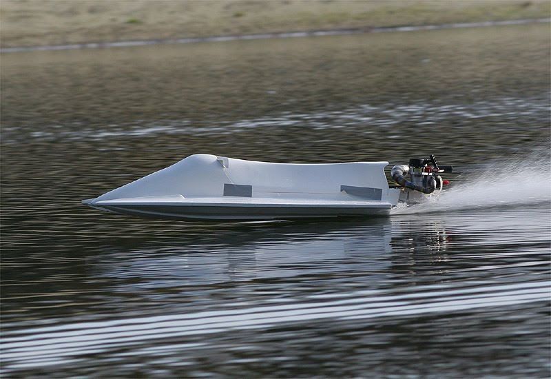 rc boats videos youtube with Rctunnelboat on Watch as well Watch as well Watch in addition Watch further Some Action Shots Of The Yama 15th Petrol Rc Buggy.