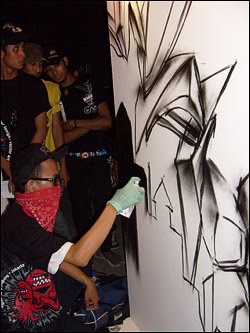 Bomber Grafiti Djarum Black Urban Art