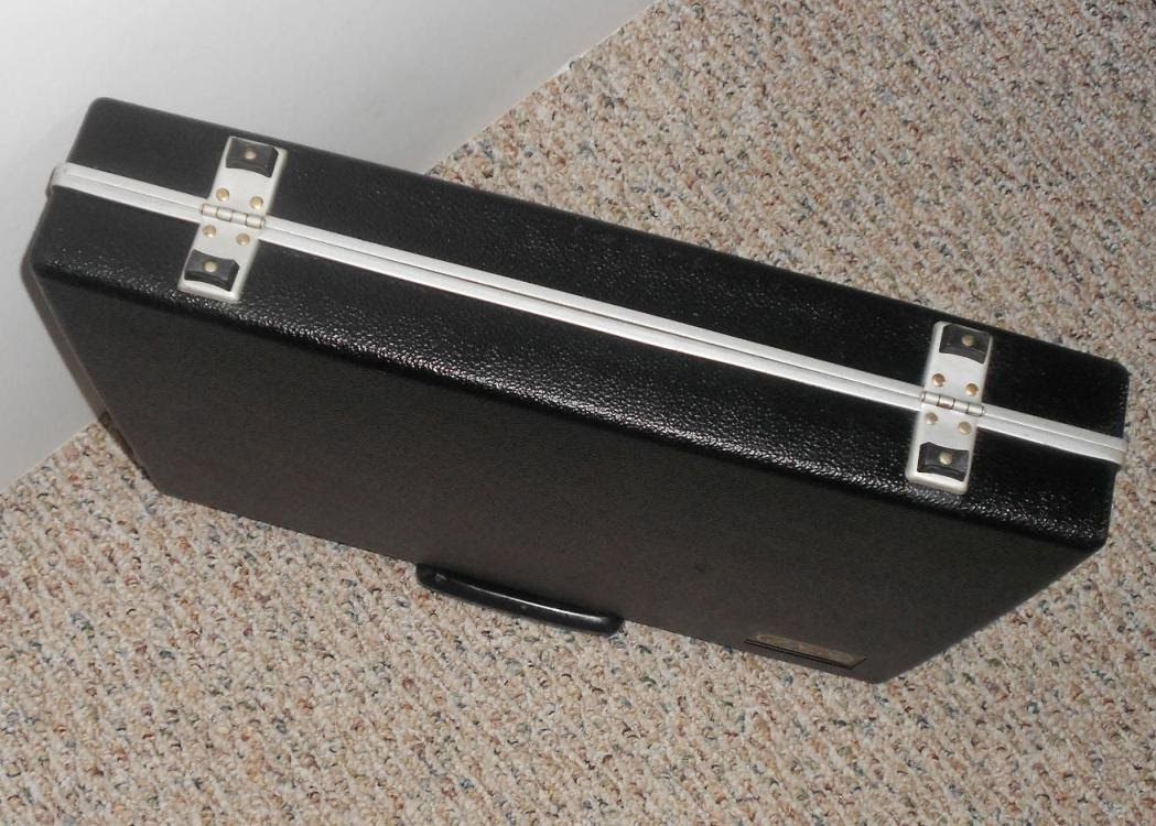 vintage retro SAMSONITE black hard shell thin attach