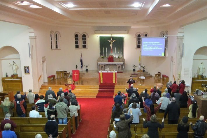 Praise and Worship during First Friday Mass