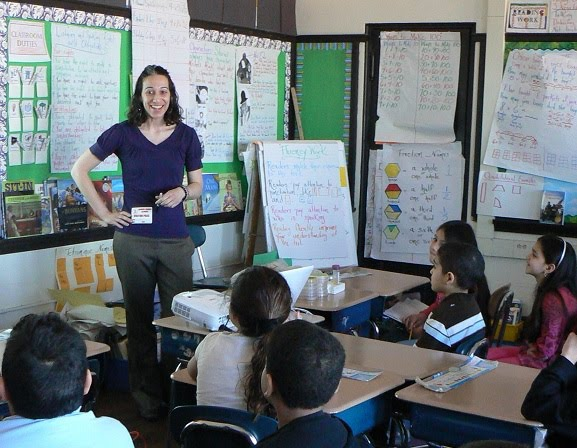 Carolyn Zeiner, microbiologist, visits an elementary classroom.