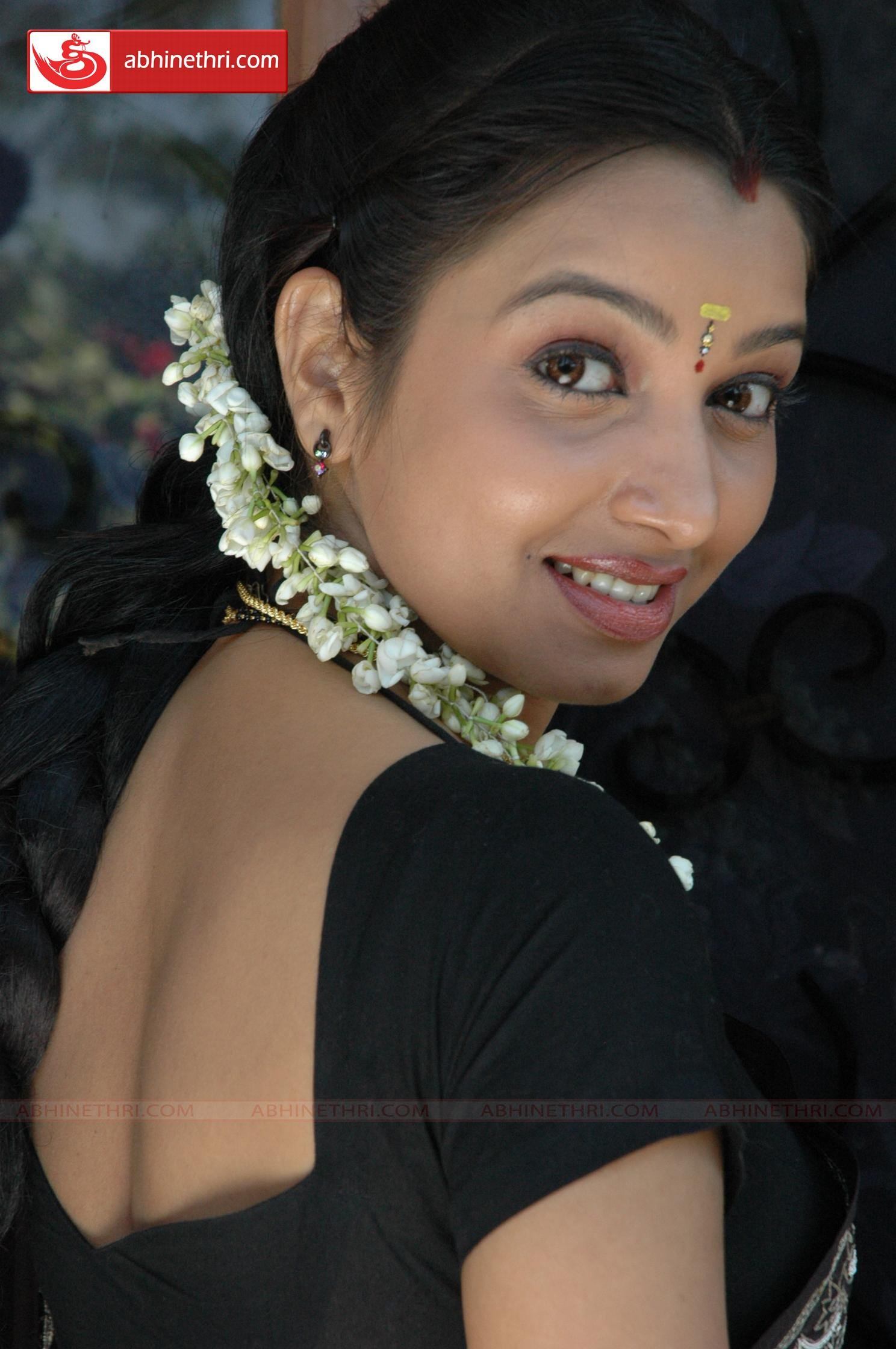 ... Best Actress Photos Side View And Backside In Saree Mygupsup Download