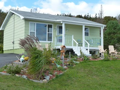 Seabreezes on grand manan in the bay of fundy for Minimalist house bay of fundy