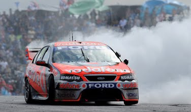 Jamie Whincup wins 2008 V8 supercars championship