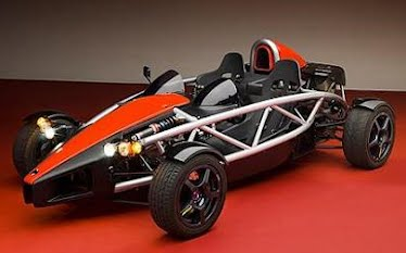 Jeremy Clarkson challenges the Ariel Atom