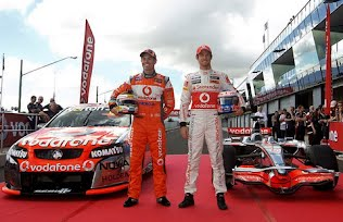 Jenson Button and Craig Lowndes swap cars at Bathurst