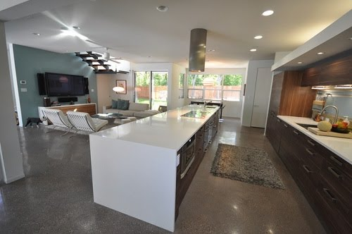 High Gloss White Cabinets Are In Demand These Days Modern Family Kitchens