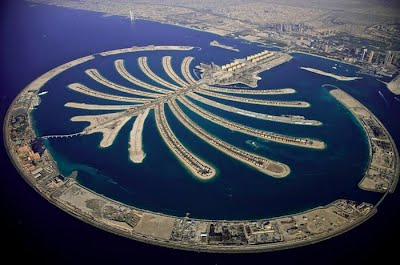 Arab Emirates Was Able To Build The Islands In Picture On Right This Is Palm Jebel Ali There Are Several Other Man Made Island Shapes