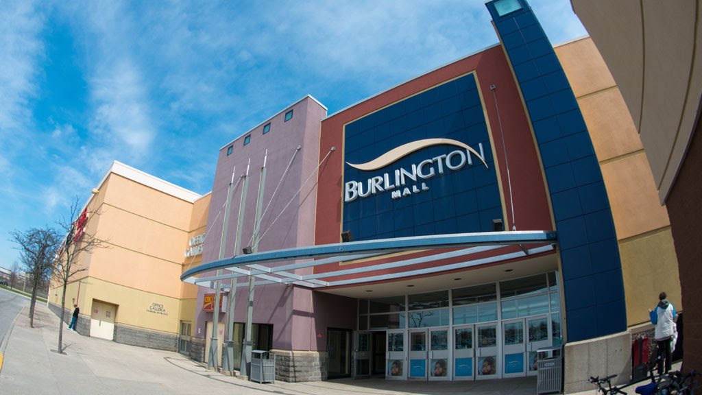 Best Shopping Centers in Burlington, MA - Middlesex Commons, Burlington Marketplace, 3rd Ave Burlington, Burlington Mall, Wayside Commons, Woburn Mall, Kohl's Plaza Woburn, Redstone Shopping Center, Billerica Mall, Great Road Shopping Center.