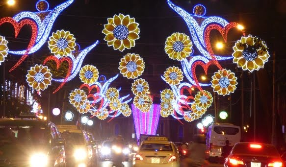 Illuminations in Ho Chi Minh City (Tho Mai)