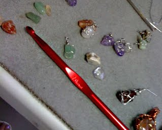 how to wire wrap small gemstones