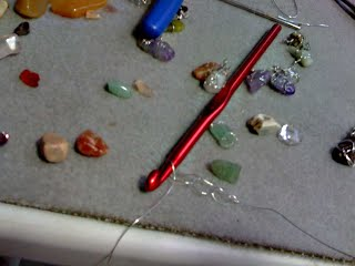 how to wire wrap small stones