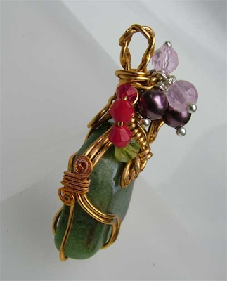 Wire Wrap Jade like Pendant side