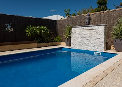 Go For Small Courtyard Pools For Easy And Affordable Installation