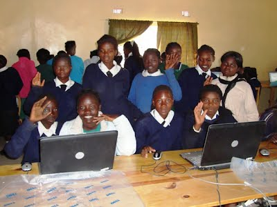 Students at the Terranova School in the Computer Lab