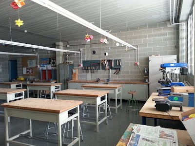 https://sites.google.com/site/tecnoiesllagostera/comunitat-educativa-1/espais/11923607_10206793404746560_3130747413771890741_n.jpg