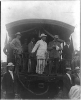 Teddy Roosevelt campaigns from a train