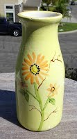 https://www.ebay.com/itm/NSP-Ceramic-Milk-Bottle-Vase-with-Yellow-Flowers-HAND-PAINTED-GLAZED-by-me-TTT/224317765454?hash=item343a61774e:g:VooAAOSwbrlgAjPO