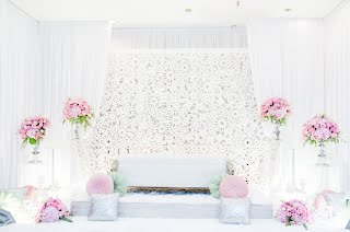Bridal Dais - The Infinity Knot