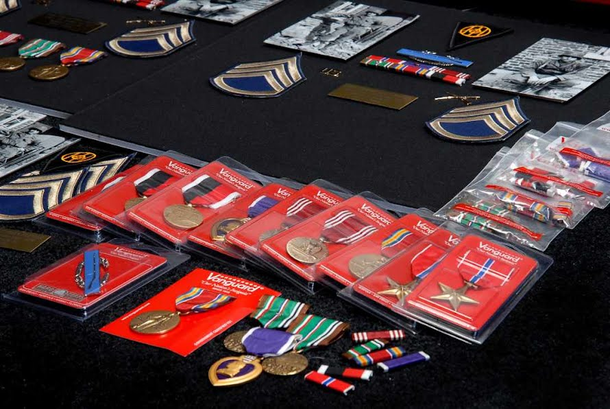 Medal Display Cases - TheVeteransMuseum