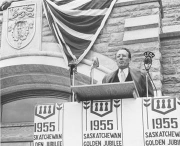 about tommy douglas the tommy douglas webpage  ccf lost its leader when george williams resigned that post and his seat in the legislature to enlist in the army the party turned to tommy douglas to