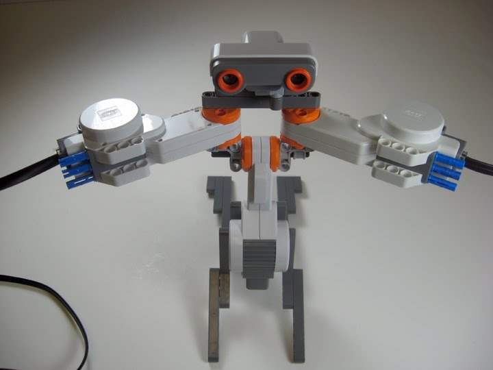 Show Me Your Moves - LabVIEW for Lego MINDSTORMS Projects